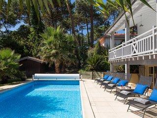 Le Penon Villa Sleeps 12 - 5700618