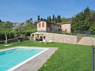 Vicopelago Villa Sleeps 10 with Pool Air Con and WiFi - 5696040