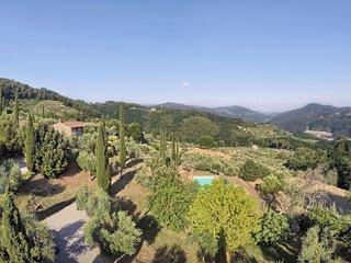 Stignano Villa Sleeps 12 with Pool and WiFi - 5696013