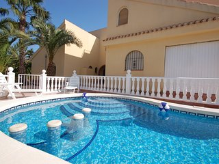 Los Urrutias Villa Sleeps 26 with Pool Air Con and Free WiFi - 5628450