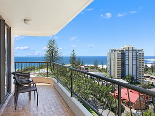 Chateau Royale Unit 34 - Overlooking central Coolangatta
