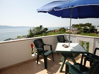 Krk Apartment Sleeps 5 with Air Con and WiFi - 5464305