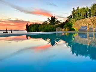 Mykonos Villa Sleeps 12 with Air Con and WiFi - 5478497