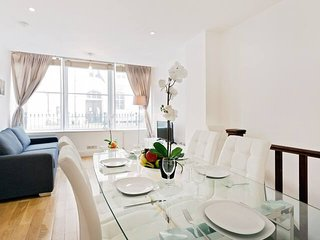 2120. IN THE HEART OF MARYLEBONE CLOSE TO HYDE PARK - LOVELY 2BR HOUSE!