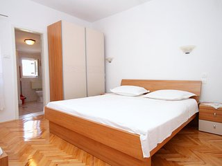 Franjevica Apartment Sleeps 4 with Air Con and WiFi - 5469489