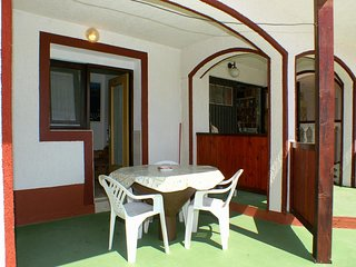 Stanisce Apartment Sleeps 3 with Air Con and WiFi - 5462220