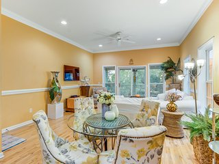 Bright townhouse w/ marsh views, private gas grill, & shared outdoor pool