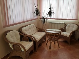 Tuzi Holiday Home Sleeps 6 with Air Con and WiFi - 5774616