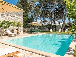 Frantoio Pietre Villa Sleeps 8 with Pool and Air Con - 5819364