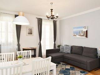 Santana 3 comfy apartment downtown Lisbon
