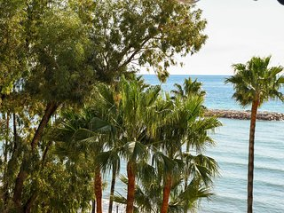 Beachfront One Bedroom Apartment, Heart of Marbella!