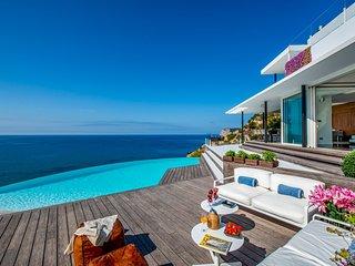 Es Cubells Villa Sleeps 12 with Pool and Air Con - 5827551