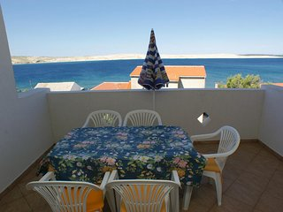 Kustici Apartment Sleeps 5 with Air Con and WiFi - 5462258