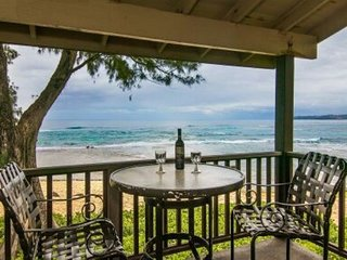 Beachfront, steps to the sand, best views at Hanalei Colony Resort