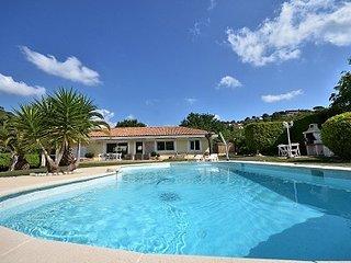 Auribeau-sur-Siagne Villa Sleeps 6 with Pool and WiFi - 5822330