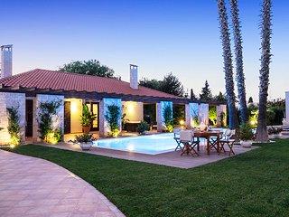 San Bartolomeo Villa Sleeps 6 with Pool Air Con and WiFi - 5819236