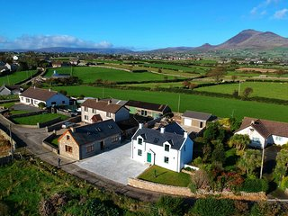 The Grove, traditional Irish cottage in the Mourne Mountains