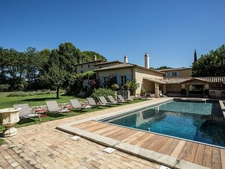 Montaren-et-Saint-Mediers Villa Sleeps 15 with Pool and WiFi - 5822318