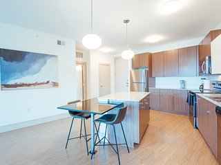 Stay in Style at our South Lamar Apartment