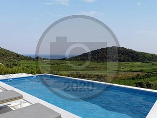 Awesome home in Smokvica w/ Outdoor swimming pool, WiFi and 2 Bedrooms (CDS847)