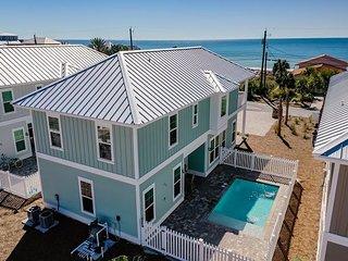 Newly built Luxury Beach House 4 BR w/ an additional Bunk Room (Sleeps 12)