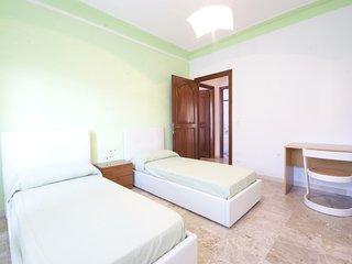 Appartamento con tre camere da letto a 200m dalle spiagge | Ap09