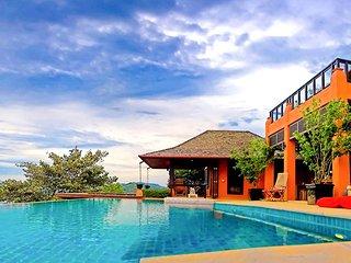 Ban Laem Phan Wa Villa Sleeps 11 with Pool and Air Con - 5821134