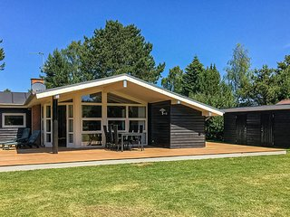 Amazing home in Stege w/ Sauna, 3 Bedrooms and WiFi (K30907)