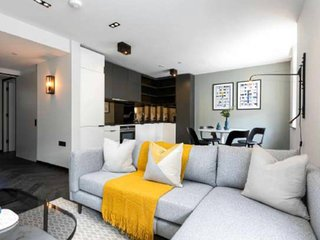 Vibrant Stylish 1 Bed Apartment Behind Oxford St