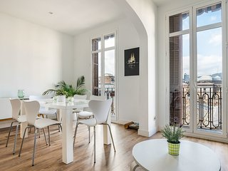 Stunning 2Bed&Bath Apt in Eixample, 5mins to metro