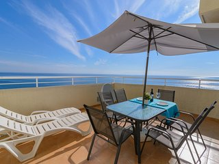 Benal Beach 705 - 180° Seaview 2BR Apartment in Resort