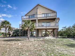 Large duplex near the beach w/ beach access, outdoor pool, access to both sides!