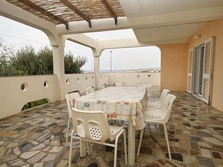 Franjevica Apartment Sleeps 6 with Air Con and WiFi - 5465641