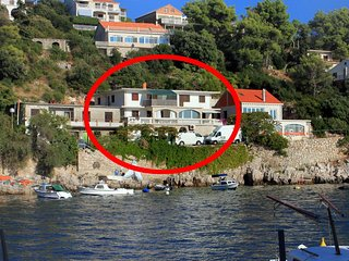 Smokvica Apartment Sleeps 4 with Air Con and WiFi - 5458984