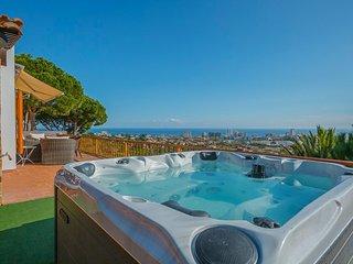 Castell-Platja d'Aro Villa Sleeps 10 with Pool and Free WiFi - 5509224