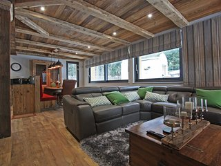 Stay at Chalet des Amis appt 1 with 'Very Good' Property Manager 4.5/5