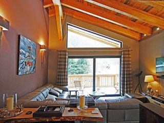 Stay at Chalet des Amis with 'Very Good' Property Manager 4.5/5