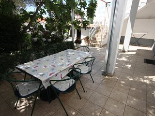 Biograd na Moru Apartment Sleeps 5 with Air Con - 5459842
