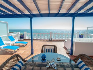 Seaview Coastal Home on front line with amazing sea views and large terrace