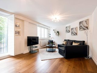 Beautiful 2 Bed - Middle Of London - Walk Central!