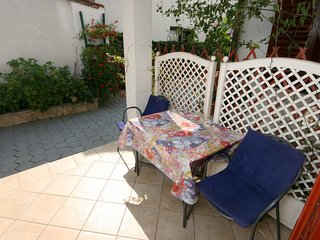 Rovinj Apartment Sleeps 2 with Air Con - 5460509