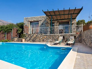 Amygdalokefali Villa Sleeps 4 with Pool Air Con and Free WiFi - 5767346
