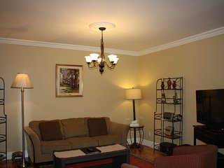 34-403-CENTRAL 3 Bedroom Condo in the Heart of Old Quebec City