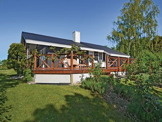 Beautiful home in Haarby w/ WiFi and 3 Bedrooms (D2016)