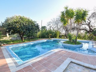 Stunning home in Saline Ioniche w/ Outdoor swimming pool, WiFi and 4 Bedrooms (I