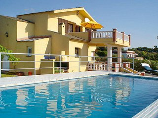 Amazing home in Peniscola with Outdoor swimming pool, WiFi and Outdoor swimming