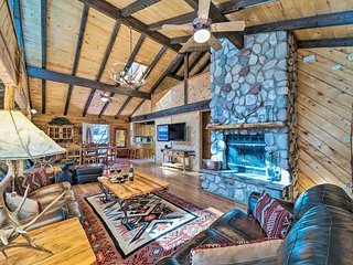 NEW! 'Antler Mountain Lodge' w/Game Room & Hot Tub