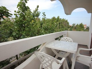Cimera Apartment Sleeps 6 with Air Con and WiFi - 5468017