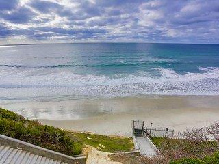 Discount for AUG 2020- Solana Beach Resort Style Beach Condo w/ Pool & Spa