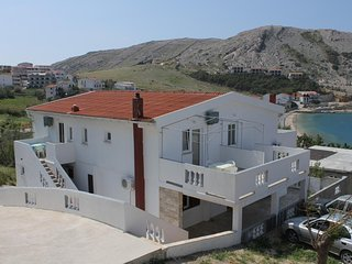 Metajna Apartment Sleeps 4 with Air Con - 5585854